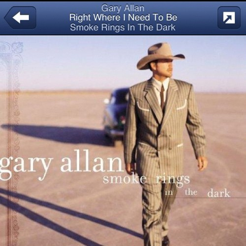 Someone please come fall in love and dance country with me. #texasgirl  (Taken with Instagram)