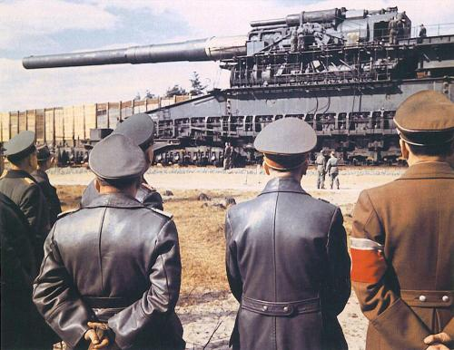 sirmitchell:  The Gustav Railway Gun. Able to launch a 7 tonne shell 29 miles. That's Hitler in the foreground.  Seems like fiction.