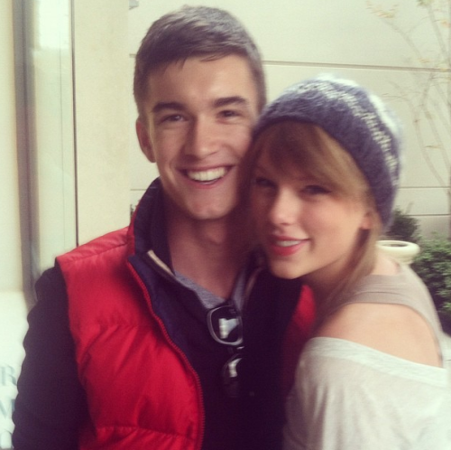 Taylor & a fan at Nordstroms last year (2011)