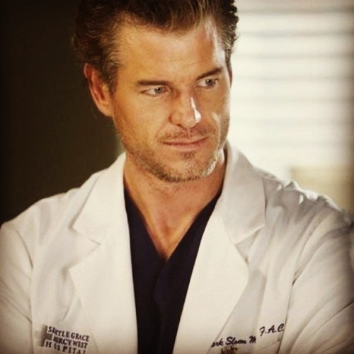 R.I.P Mark Sloan, aka McSteamy😩 #dying #greysanatomy #abcfamily #doctors #tvshows #ericdane #marksloan #sexy #hottie #yum (Taken with Instagram)