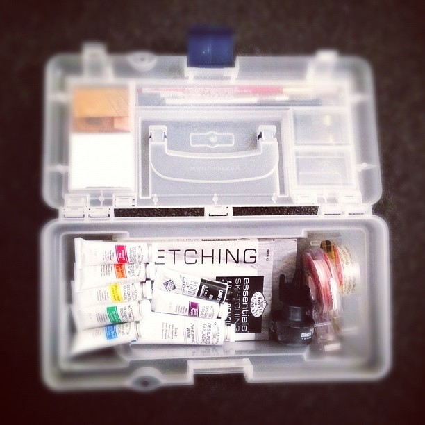 #packing my #cute little #art #box for my #color #theory class tomorrow ⚡ (Taken with Instagram at Chouinard)