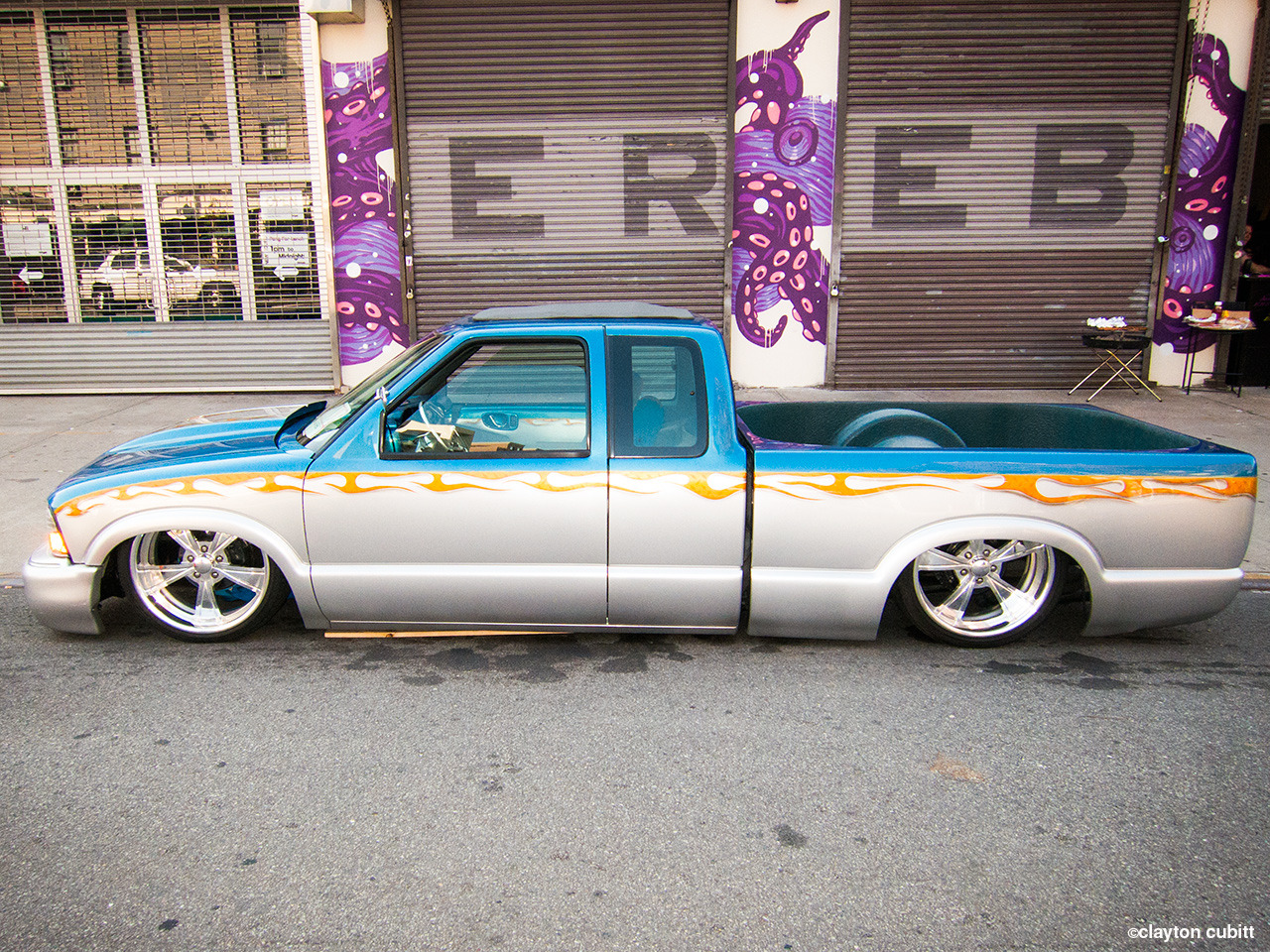 Dropped lowrider truck, Brooklyn  (1119)