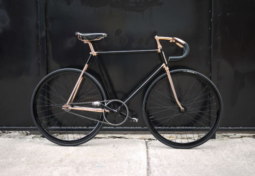 charmrose:  fave bike ever