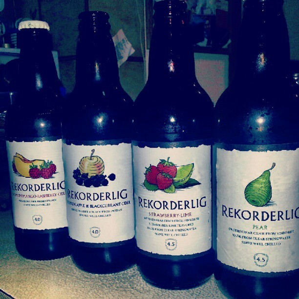 RE-CORDDDDDDDS WITH @missninjanina #yum #rekorderlig #pizza #movienight #drinks (Taken with Instagram)