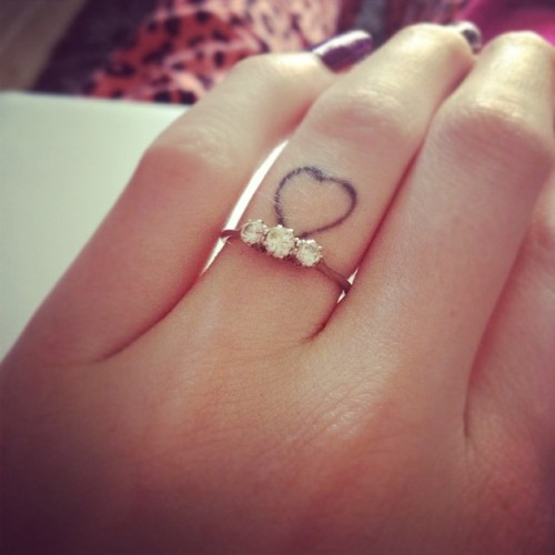 astealerofhearts:  Some days I still can't believe I'm engaged to most amazing person in the world. This ring is just a reminder that I'm incredibly lucky to have met my soulmate 💫💘💍! Thanks @tom_smith_ for being a wonderful creature! (Taken with Instagram)