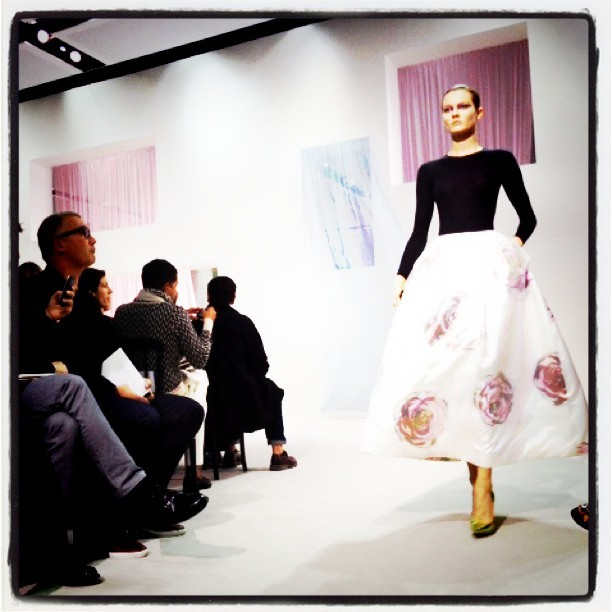 Faking fashion, Insta-Vision Paris Spring Summer 2013 - Christian Dior by Raf Simons @id_magazine 'Heritage, history, style. New Look by Raf Simons for @Dior #PFW'