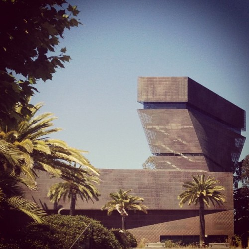 @deYoungMuseum by Herzog & de Meuron #sanfrancisco #archdaily #architecture #instagood #iphonesia #museum #california  (Taken with Instagram at de Young Museum)