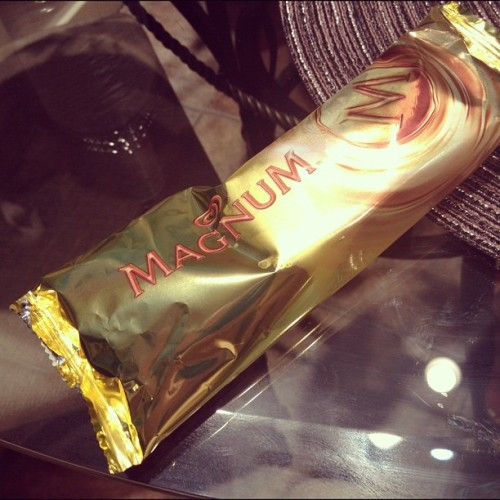 Ended our dinner with this last night!! YUM!! #magnum #icecream #food #foodporn #sharephoto#instagram #iphone #igersmnl#igersmd #instafood #instashare #photooftheday #dessert  (Taken with Instagram)