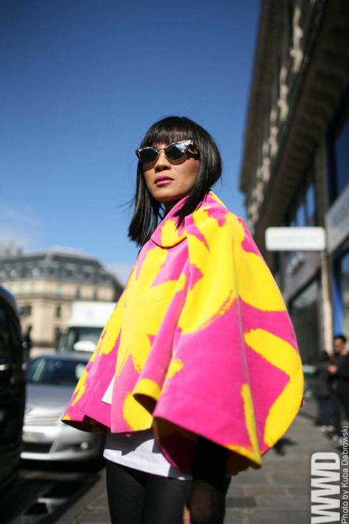 womensweardaily:  They Are Wearing: Paris Fashion Week