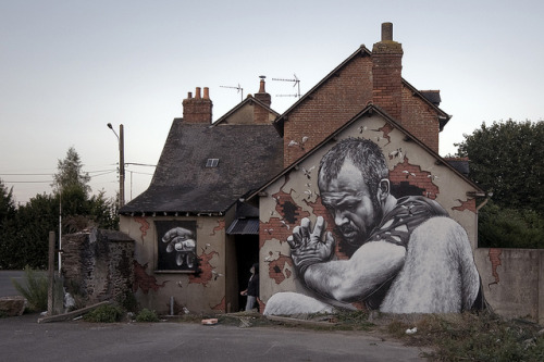 "Fred ILLE : ""Catch me if you can."" by MTO (Graffiti Street art) on Flickr."