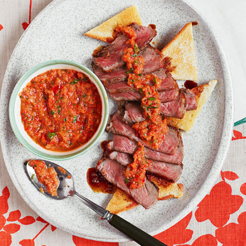 Daily Bite: This Sliced Steak with a no-cook Pepper-Onion Sauce is great for a weeknight or relaxing weekend dinner.Watch Rach make the recipe here!