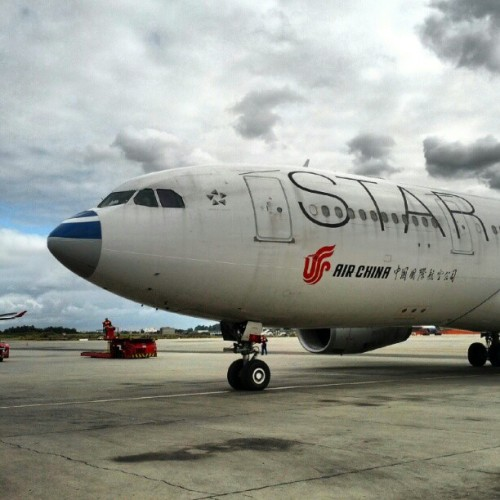 Funny nose / Nariz engraçado #avgeek #aviation #AirChina #StarAlliance (Publicado com o Instagram)