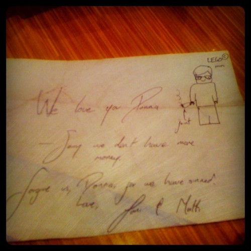 The note me and @ludicolo left our waitress. Bahaha. (Taken with Instagram)