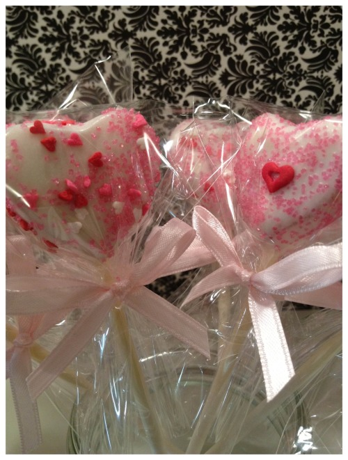 heart shaped lollicakes for my dear friend jaime's baby shower!  see more on my lollicakes facebook page!