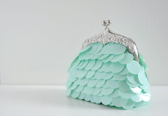 Pastel Clutch by overdo Pastel seems to be still used this Fall! Great Color and Design! posted by http://aliljazz.tumblr.com