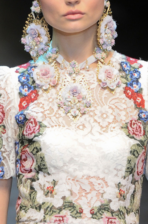 Dolce and Gabbana Fall Winter 2013 detail