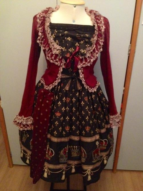 whatifoundinyoureyes:  whatifoundinyoureyes:  ♥ My new bolero and dress  ♥    So many reblogs o_o Thank you <3