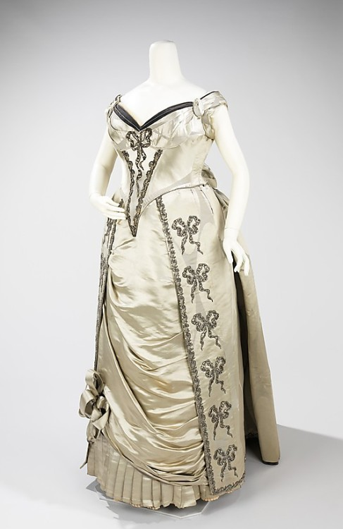 Evening Dress Charles Fredrick Worth, 1888 The Metropolitan Museum of Art