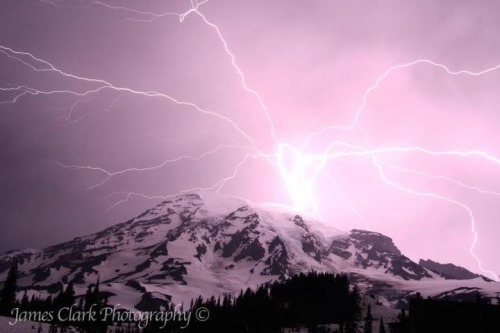 fuckyeahhiking:  Lightning strikes Mt Rainier - photo by James Clark - jamesclarkphotography.smugmug.com