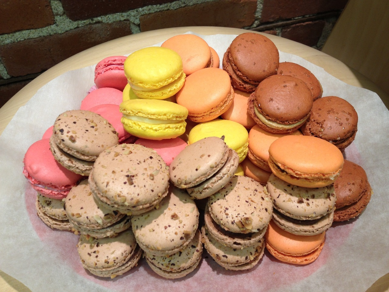 We love Masse's macaroons! Stella & Dot Trunk Show is happening tonight—beautiful jewelry, treats and refreshments!