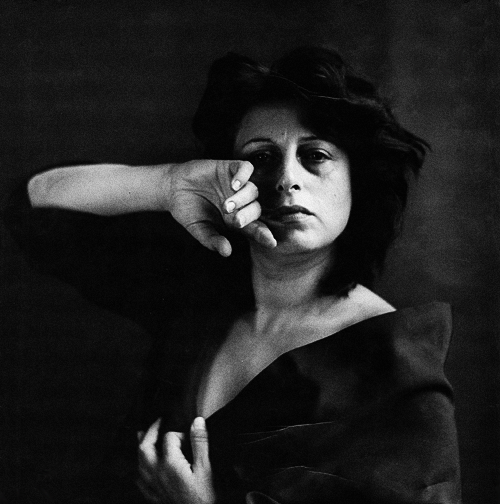 Anna Magnani photographed by Richard Avedon, 1953