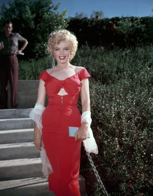 ourmarilynmonroe:  Marilyn at Ray Anthony's party, 1952
