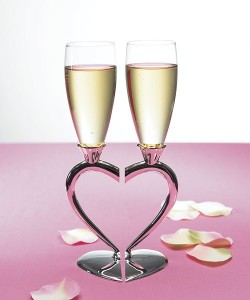 Glasses for the newlyweds :)  *click* for the website