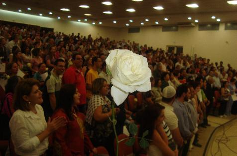 Peace Day 2012 Report - Maringá, Paraná, Brazil We are a group of eight religious groups that has met for over 8 years. Represented are Catholic, Protestant, Muslim, Buddhist, Spiritualist, two African-Brazilian (Candomblé and Umbanda) and Baha'i. We have held the event on September 21 for the last few years. This year, however, we held in on August 13 in order to accommodate the presence of the new Cardinal, João Braz de Aviz, who now works at the Vatican.Our participation has grown every year, and we now are needing a larger space. The inter-action among the faiths represented is very respectful and many new friendships have resulted. Each group has learned more about each other. Click here for more pictures and information about our event. - Irivaldo Joaquim de Souza