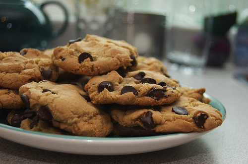 mcpeasant:  ugh i can totally go for some cookies right now…. >__<