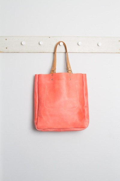 Coral goodness from Folk. I'd really canitbemine this bag but i guess it's sold out. Shoot. (via Ally Capellino - Lesley - Coral | Ally Capellino tagged at Folk Clothing)