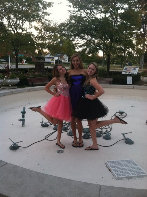 youngforevver:  homecoming (;