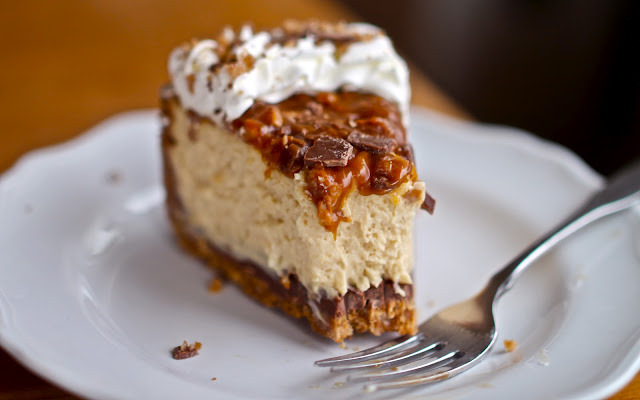bakeddd:  caramel toffee crunch cheesecake click here for recipe