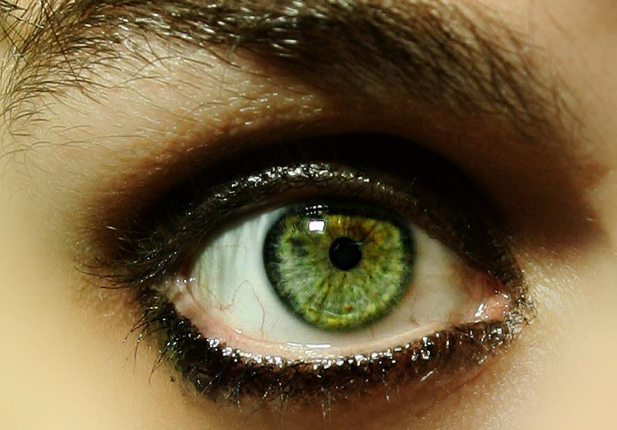 tamyescobar:  It is a beautiful eye!