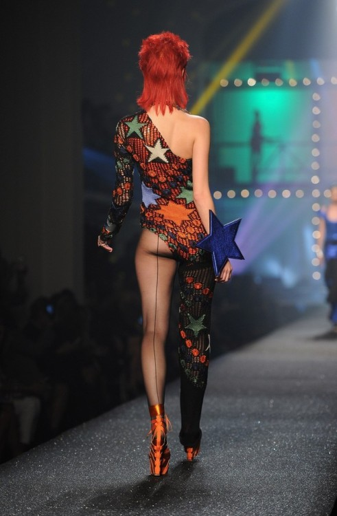 lliminal:  suicideblonde:  Ziggy Stardust at Jean Paul Gaultier Spring/Summer 2013  Gonna have a heart attack and die at this whole collection.  -