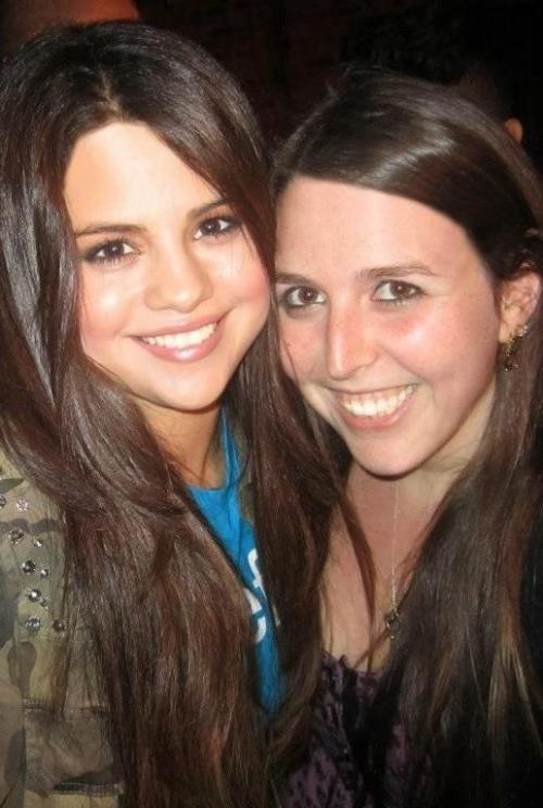 """Real version of me & @selenagomez - why can't we be bffs for real omg!? <3"""