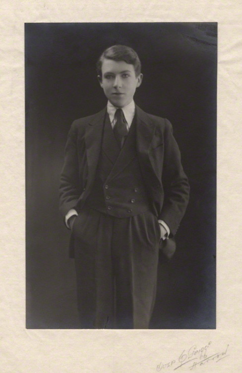 bassington:  Cecil Beaton, by 'Grigg', bromide print on tissue and card mount, circa 1920.