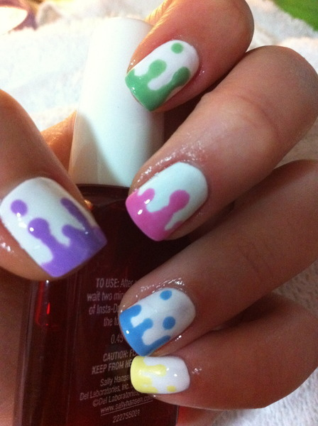 beautylish:  Fun nails for the weekend from Marcela!  http://bit.ly/LqQznG  Amazing nailsss
