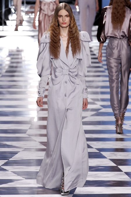 Old Hollywood dramatic flare! Viktor & Rolf pastel blue georgette look as an Opera look #IllHaveIt #PFW
