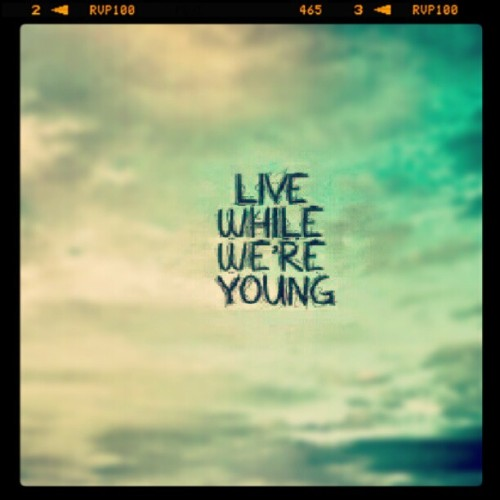 """Tonight let's get some… and LIVE WHILE WE'RE YOUNG"" #LWWY #one #direction #nowplaying #camryn (Taken with Instagram)"