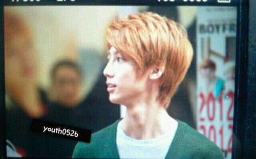 120922 Youngmin at Dearberry Fansign in Daegu. cr: youth0526 via: @YOUNGMIN_ISLAND.