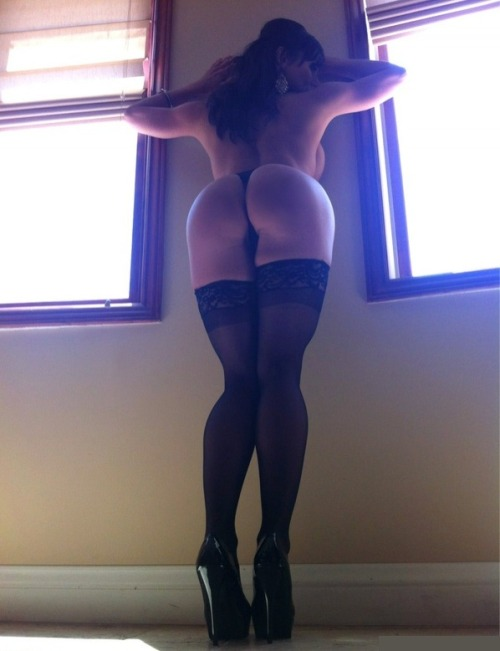 So sexy I love a woman in stockings and she has such a sexy bum ;) x
