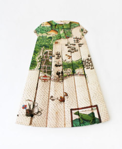 mappingdesign3:  Peter pan map dress