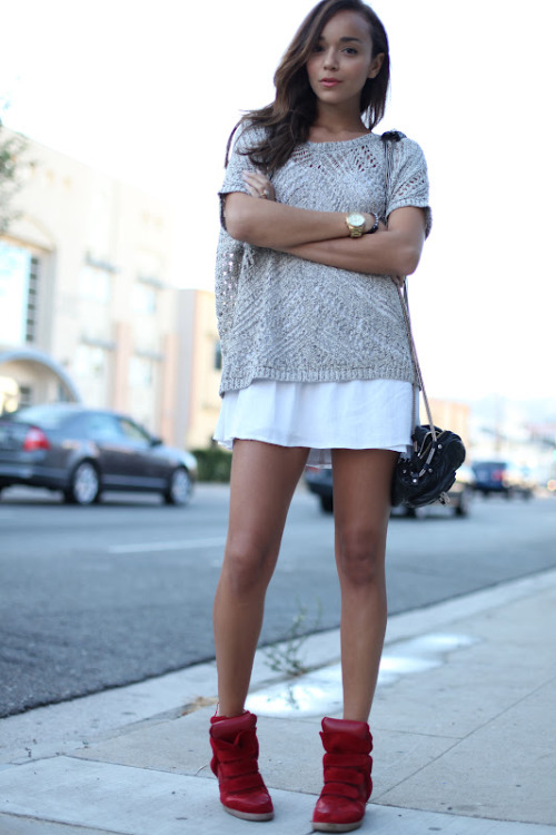Topshop dress, Express sweater, Isabel Marant sneakers, Alexander Wang bag [source: ringmybell]
