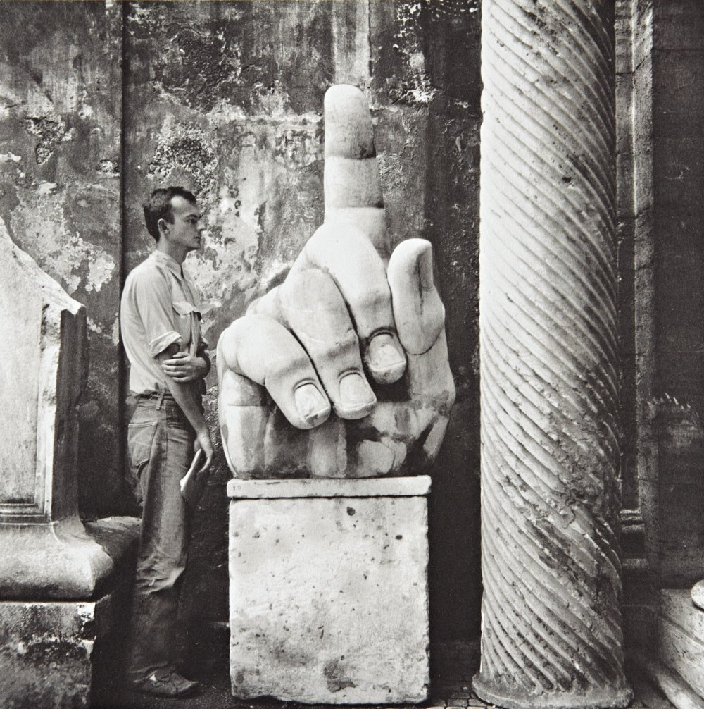 c86:  Robert Rauschenberg and Cy Twombly, photographs with relics, Rome 1952 via Shattenbereich
