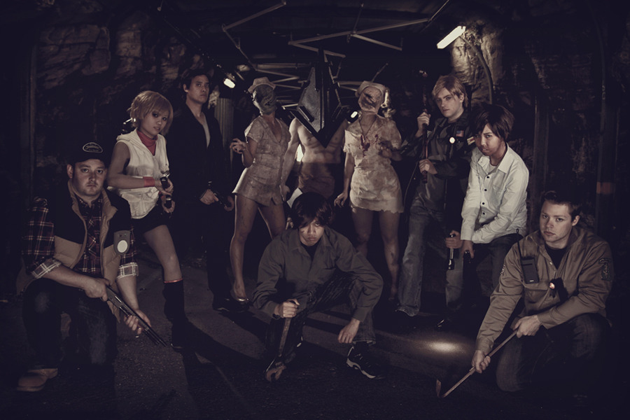 silverharmony:  Welcome To Silent Hill by *silverharmony  Silent Hill cosplay Steve as HarryTom as JamesHarmony/myself as HeatherFeng Song as HenryMark as TravisLiam as AlexRayfy as MurphyWakaleo as Pyramid HeadAthira as Bubblehead Nurse (left)Varia Bell as Bubblehead Nurse (right) Photography by Echoing-Artemis