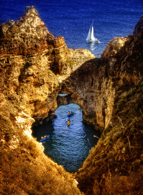 travelingcolors:  Lagos, Algarve | Portugal (by Zú Sánchez)