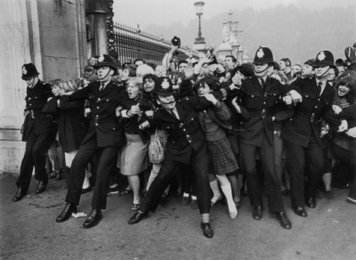 laughingsquid:  Beatlemania, c.1963