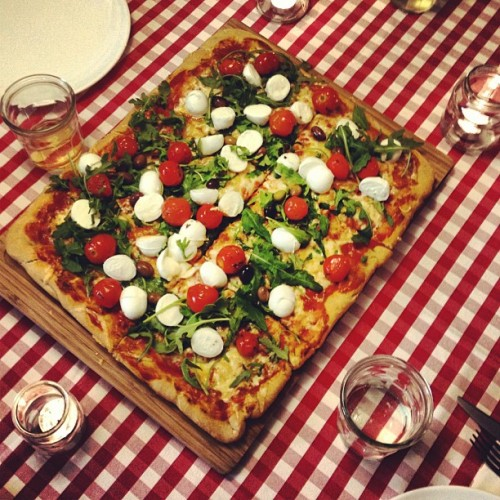 Give me #Pizza!! (Scattata con Instagram presso Gnam Box Kitchen)