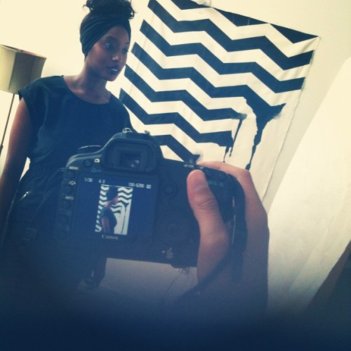Candid. Backdrop #fashion ##Photoshoots #painting #canvas #chevron #black #turban #headwrap  (Taken with Instagram)