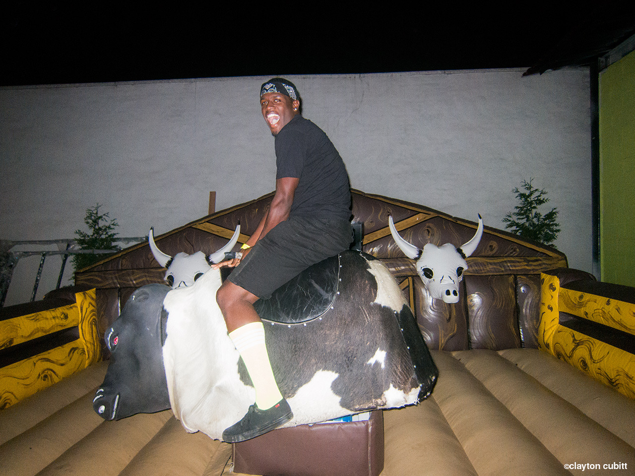 Ro on the mechanical bull, Bushwick  (4248)